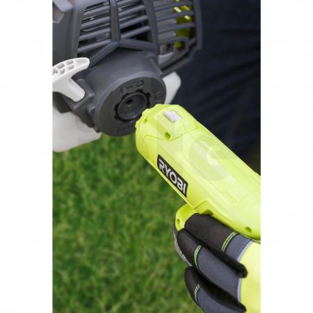 RYOBI OES18 ONE+™ EasyStart™ startování benzínových motorů 5132002803