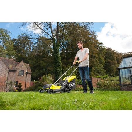 RYOBI RLM1833B 18V Akumulátorová sekačka na trávu, šířka záběru 33cm (1x4.0Ah) 5133004306