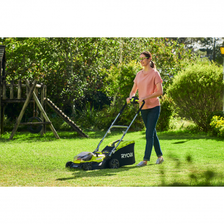 RYOBI RY18LMH37A 18V Akumulátorová hybridní sekačka na trávu, šířka záběru 37cm (2x5.0Ah) 5133004583